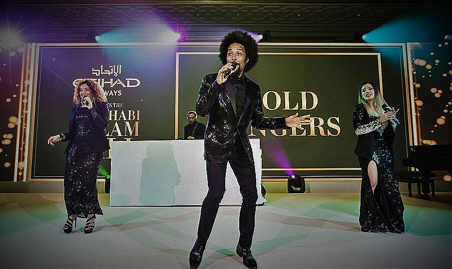 live cover band for hire Goldsingers
